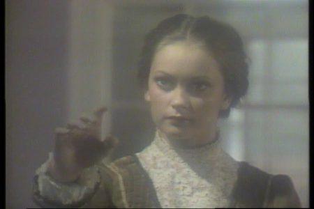 19810930-charlotte-sometimes-video-014
