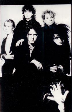 19850908-the-head-tour-book-uk-007