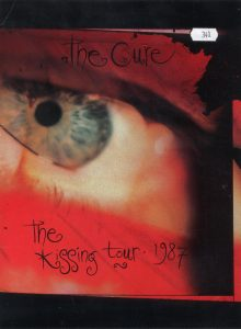 19870709-the-kissing-tour-book-ca-001